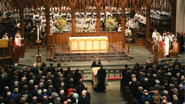 "The casket is brought into the church by pallbearers during the funeral for former first lady Barbara Bush at St. Martin's Episcopal Church, in Houston, Saturday, April 21, 2018. Former presidents joined ambassadors, sports stars and hundreds of other mourners Saturday at the private funeral for Bush, filling the nation's largest Episcopal church a day after thousands paid their respects to the woman known by many as ""America's matriarch."" (Jack Gruber/USA Today via AP, Pool)"