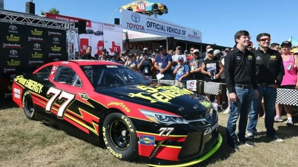 https://i2.wp.com/a57.foxnews.com/images.foxnews.com/content/fox-news/sports/2016/08/07/furniture-row-adds-second-car-to-stable-erik-jones-to-drive/_jcr_content/par/featured-media/media-1.img.jpg/876/493/1470616360434.jpg?w=584