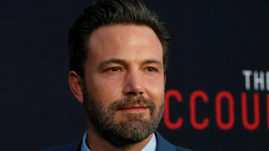 Director Matt Reeves has reportedly scrapped Ben Affleck's screenplay for the upcoming 'Batman' reboot