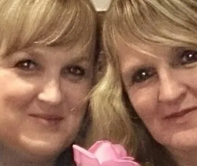 Cara Jane Farrar Peterson Left With Sister Melanie Webb Right