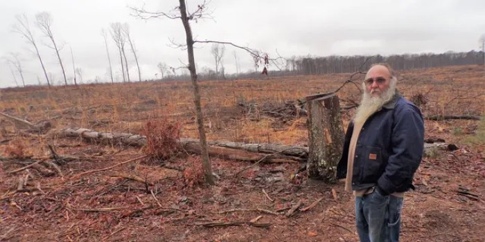 """""""I would have to leave,"""" resident Michael O'Bier told Fox News, as he stood at the side of his property. """"I can't live here."""" (Alex Pappas/Fox News)"""