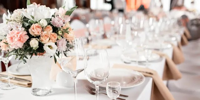 A wedding guest is claiming the bride's parents demanded reimbursement after the guest's 16-year-old son ate an adult meal instead of the kid's meal.