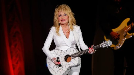 Dolly Parton Says Coronavirus is a Lesson From God; Tells Fans to 'Keep the Faith' Amid Pandemic