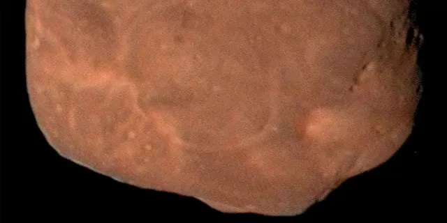 Composite image of primordial contact binary Kuiper Belt Object 2014 MU69 from New Horizons Spacecraft Data. (Credit: NASA)