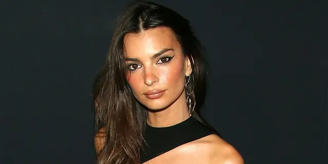 """Emily Ratajkowski attends the premiere of A24's """"Uncut Gems."""" in December of 2019 in Hollywood, California."""