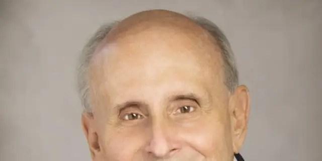 Raúl Valdés-Fauli, Mayor of Coral Gables, Florida (Photo courtesy of the City of Coral Gables).