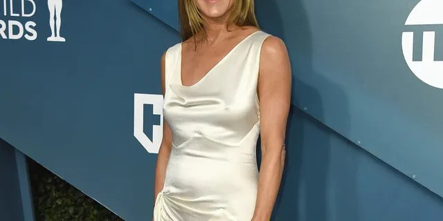 Jennifer Aniston arrives at the 26th annual Screen Actors Guild Awards at the Shrine Auditorium & Expo Hall on Sunday, Jan. 19, 2020, in Los Angeles.