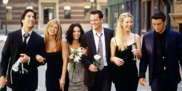 Picture: (LR) David Schwimmer as Ross Geller, Jennifer Aniston as Rachel Green, Kourtney Cox as Monica Geller, Matthew Perry as Chandler Bing, Lisa Kudro as Phoebe Buffay, Joey in 'Friends' Matt Leblanc as Tribeni.