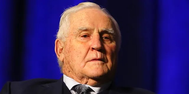 Shula holds the record for most victories of all time by an NFL head coach. (Photo by Mike Lawrie / Getty Images)