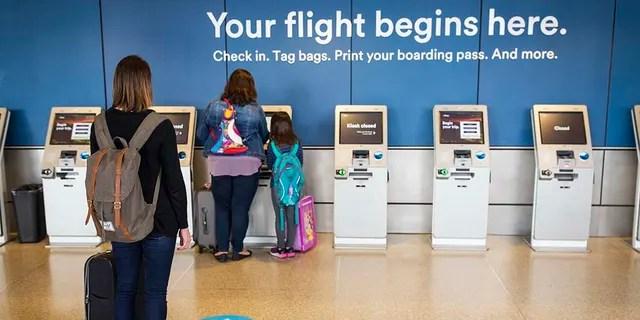 Оценка является частью инициативы авиакомпании «Уход следующего уровня» и попросит путешественников подтвердить, что они не проявляли симптомов COVID в течение последних 72 часов и не путешествовали с кем-то, у кого есть симптомы.