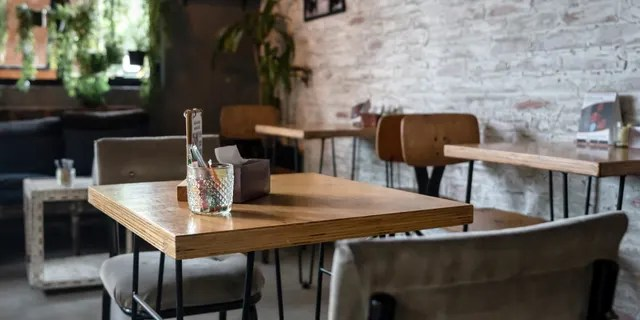 A Michigan restaurant association has sued the state in an attempt to continue offering indoor dining after the health department announced new coronavirus restrictions on Sunday. (iStock)