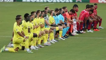 FC Dallas' Reggie Cannon blasts fans for booing as players knelt for national anthem: 'I think it was disgusting'