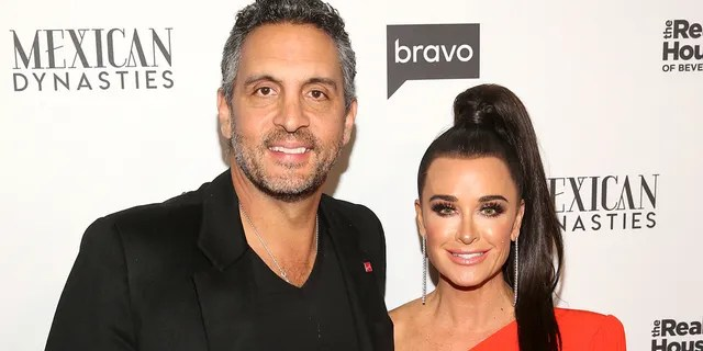 Mauricio Umansky and Kyle Richards. (Photo by: Jesse Grant/Bravo/NBCU Photo Bank/NBCUniversal via Getty Images)