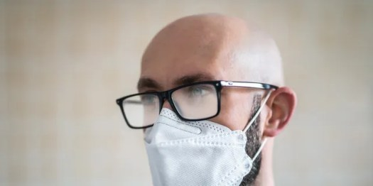 Face masks trap the breath and foster humidity so glasses wearersmay have noticed that wearing a face mask can cause the lenses to fog. (iStock)