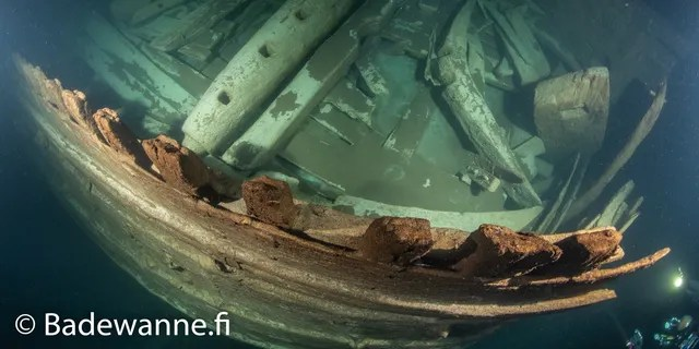 Many parts of the wreck are intact. (Badewanne.fi)
