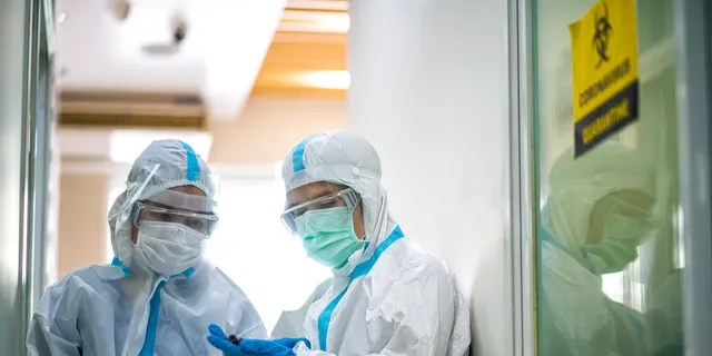 """Super-spreader events have been linked to both the """"explosive"""" growth early in virus outbreaks as well as sustained spread later on. (iStock)"""