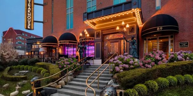 Jeff Ruby's Steakhouse, one of seven locations in Kentucky, Ohio and Tennessee.