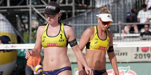 On July 28, FIVB Beach Volleyball World Tour Tokyo at Shiokez Park, Julia Sood of Germany, left, and Karla Borger of Germany reacted against Brendley and Brandi Wilkerson of Canada in the women's bronze medal match on day five of the Tokyo 2020 Olympic Test Test event Granted.  , In 2019, in Tokyo, Japan.  (Kiyoshi Ota / Getty Images)