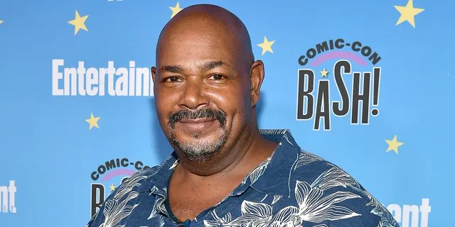 Kevin Michael Richardson on 'The Simpsons' Dr.  Julius Hibbert will be the new voice behind.