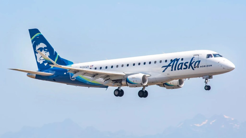 Allegedly drunk Alaska Airlines passenger faces 0,000 fine for behavior he claims not to remember