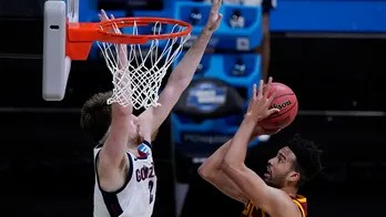 Quite a show: Zags stay undefeated with 85-66 win over USC