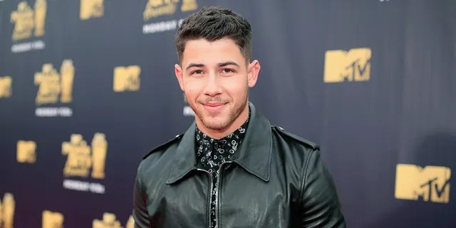 Nick Jonas revealed he cracked a rib in a recent bike accident.