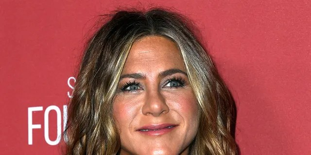 Jennifer Aniston attends SAG-AFTRA Foundation's 4th Annual Patron Of The Artists Awards at Wallis Annenberg Center for the Performing Arts on November 07, 2019, in Beverly Hills, California.