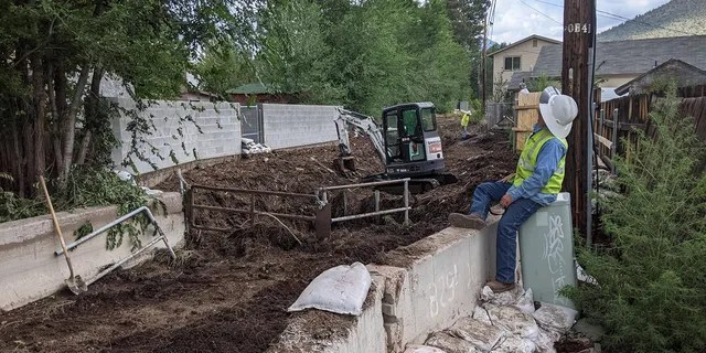 City and Coconino County crews are working to clean up from yesterday's storm event in east Flagstaff. Heavy rains resulted in flash floods and debris-flows from the Museum Fire Scar Area.