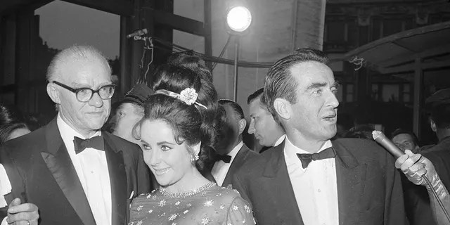 Montgomery Clift, known for his movie star looks, struggled to find work over the years following his accident.