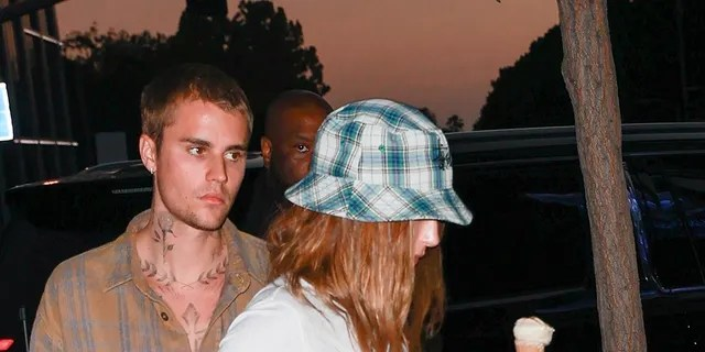 Justin and Hailey had dined at Sushi Park in West Hollywood before grabbing an ice cream cone.