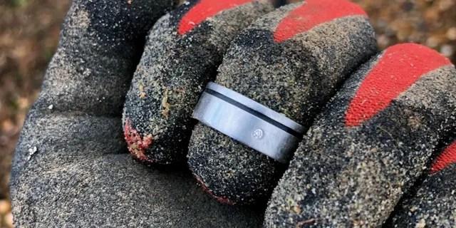 Glen Darrell's diamond wedding ring is pictured after Goldsmith found it.