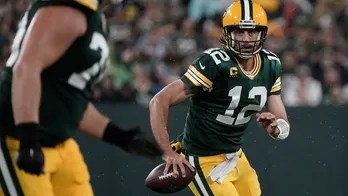 Aaron Rodgers silences doubters with 4 touchdown performance vs. Lions
