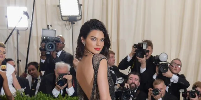 Model Kendall Jenner attends the 'Rei Kawakubo/Comme des Garcons: Art Of The In-Between' Costume Institute Gala at Metropolitan Museum of Art on May 1, 2017 in New York City.