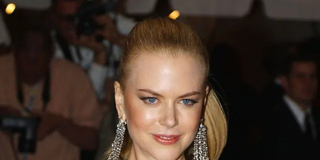 Actress Nicole Kidman arrives for the 'Goddess: Costume Institute Benefit Gala' at the Metropolitan Museum of Art April 28, 2003 in New York City.