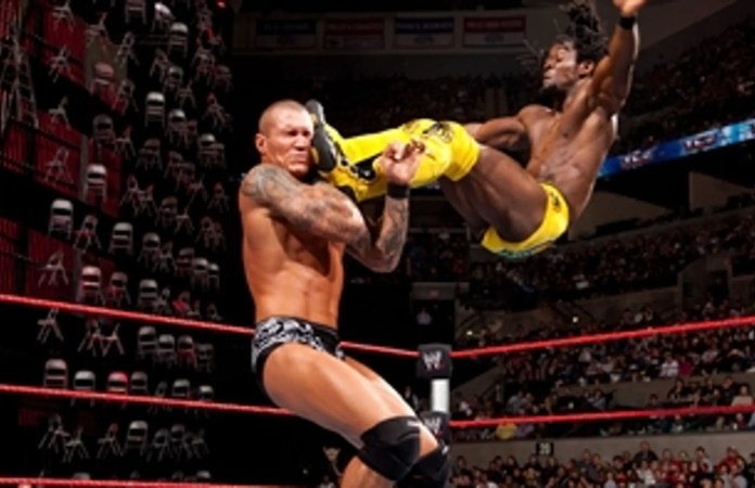 Kofi Kingston vs. Randy Orton: WWE TLC 2009 (Full Match) | FOX Sports