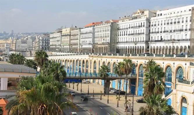 Argelia rompió lazos con Marruecos y estaba furiosa con Yair Lapid-Channel 7
