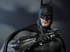 Batman: Arkham City VGM18 Batman 1/6th Scale Collectible Figure