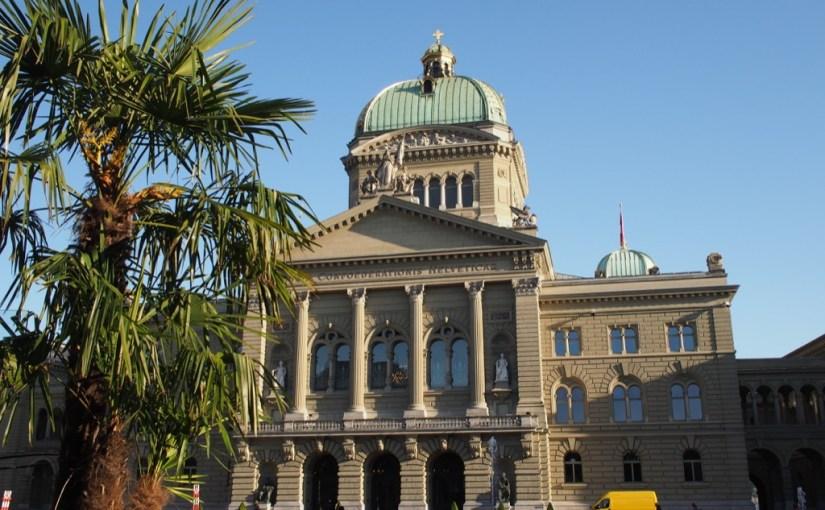 palais-federal-suisse-palmier