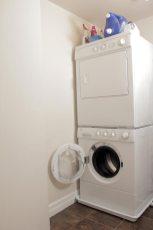 EAF4B39E-FD6F-F5FA-DE9F-5D4D00A6A9E2_016-laundry