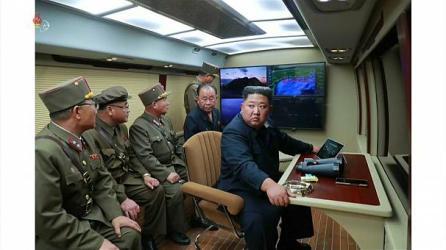 كوريا تصعد ضد الولايات المتحدة الأمريكية و تستأنف إطلاق الصواريخ الباليستية
