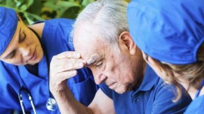 باحثون يكشفون علامة بيولوجية تفيد في التعرف المبكر على الإصابة بمرض ألزهايمر
