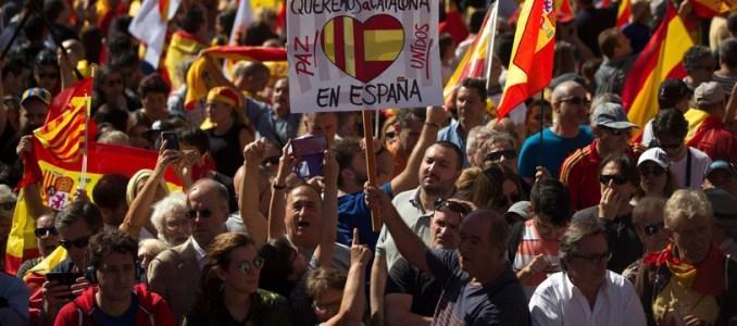كاتالونيا: إضراب عام في برشلونة وتواصل الاحتجاجات الليلية