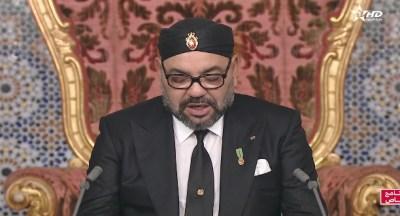 الملك يؤكد على وجاهة المبادرة المغربية للحكم الذاتي سياسيا وديبلوماسيا