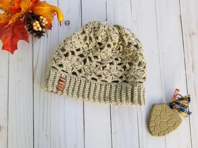 Pattern: Autumn Joy Slouch Hat from Highland Hickory Designs