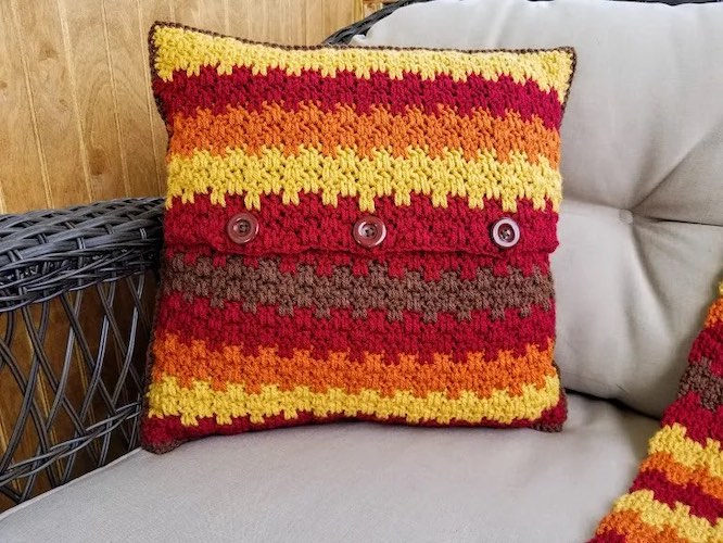 Pattern: Fall Foliage Pillow from Highland Hickory Designs fall crochet patterns