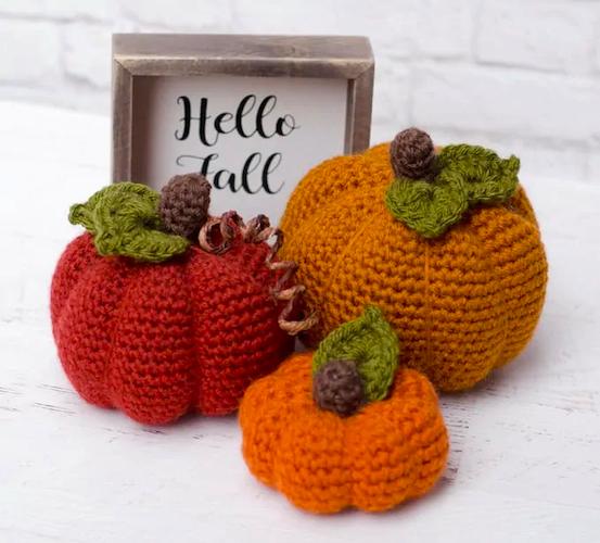Pattern: Medium Crochet Pumpkin Pattern from Crochet 365 Knit Too