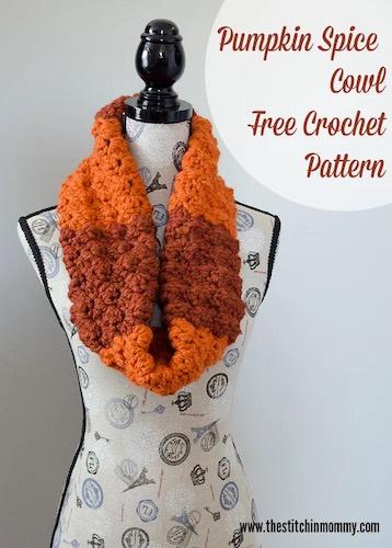 Pattern: Pumpkin Spice Cowl – Free Crochet Pattern from The Stitchin' Mommy