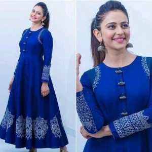 Aakarsha Pretty Kurtis