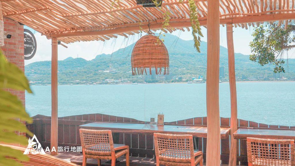 水灣餐廳榕堤兩個人一起來到這邊悠閒的喝著下午茶也是一種享受