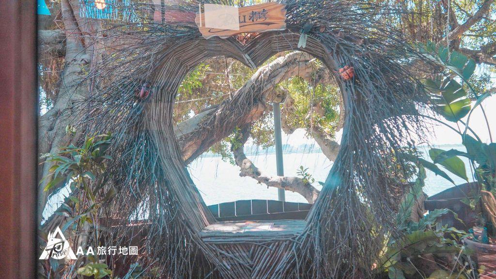 水灣餐廳榕堤戶外都有很多這種特別的造景,適合拍網美照